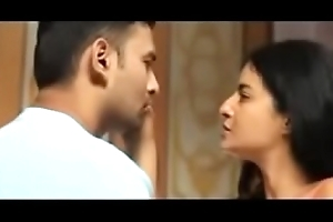 Desi aunty force at hand a boy for sex