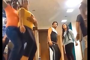 hot Akshara Singh dance rehearsal thither agitation knockers