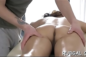 Hot babe everywhere clammy shapes receives an effectual fuckmate