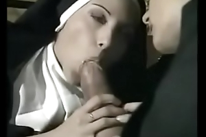 Unfortunate officiant having it away four hot nuns