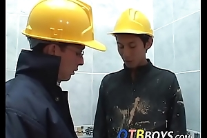 Lusty construction on the go twinks fool almost anal drilling