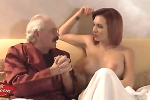 Erotic room-ospite slutty wife scarlet